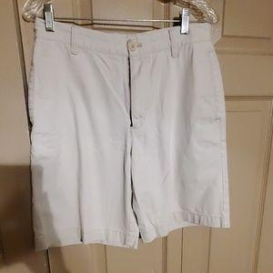Like new Izod flat front shorts